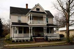 springsteen-residence-freehold-nj_02d_southstreet.jpg